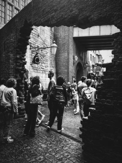 Entering Diagon Alley.
